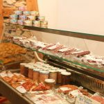 Wurst und Fleisch vom regionalen Metzger